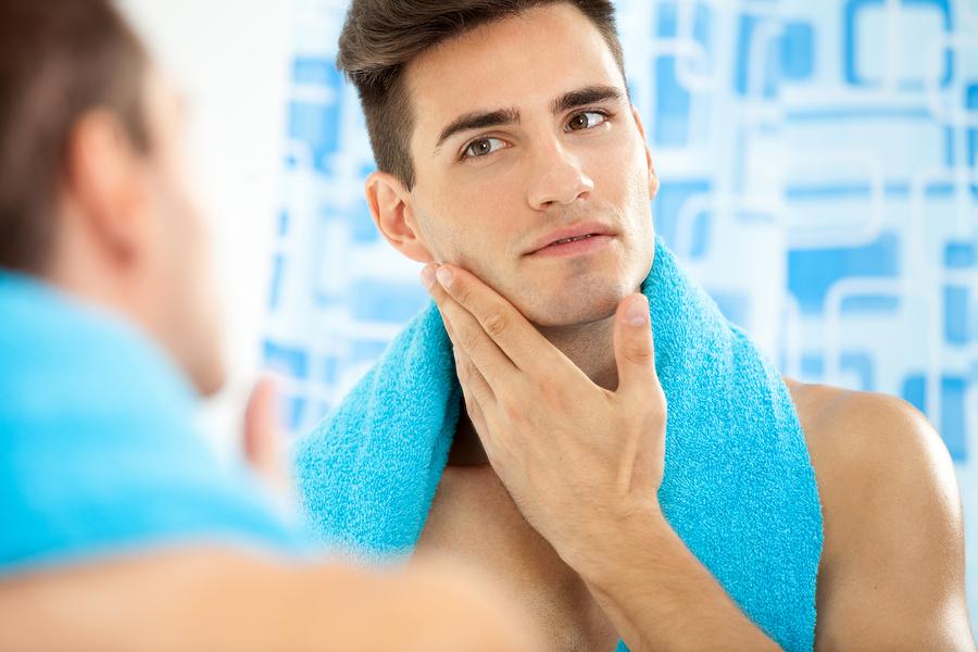 Gesicht gründlich waschen