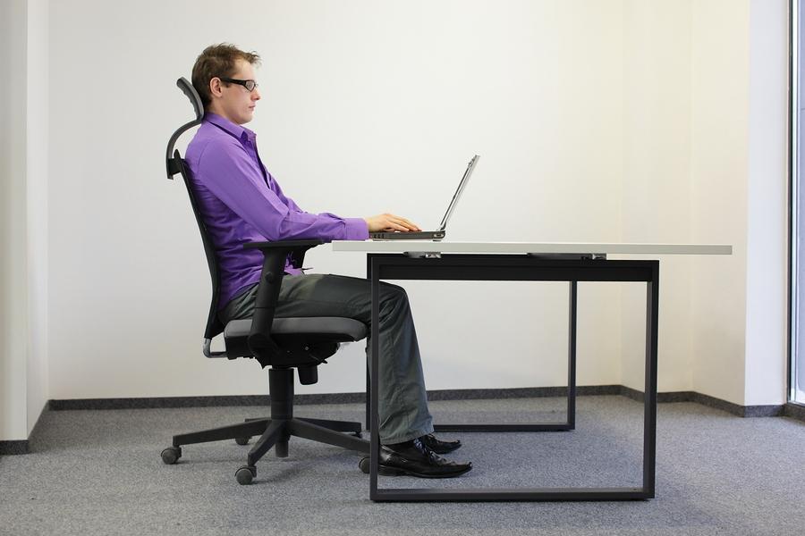 richtiges Sitzen am Arbeitsplatz