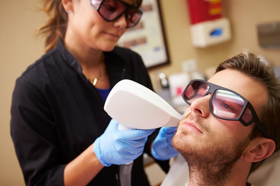 Tattooentfernung mittels Laser
