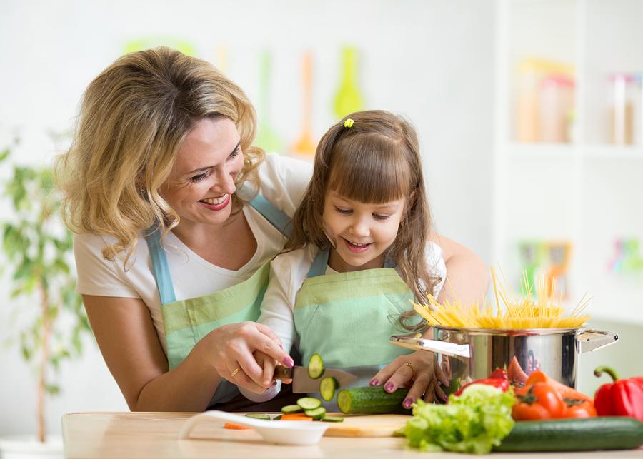 Kinder mitkochen lassen