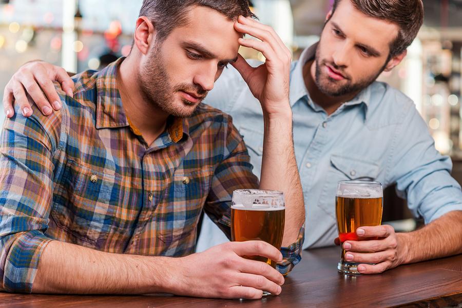 Wie mit dem Sohn über den Alkoholismus zu sagen