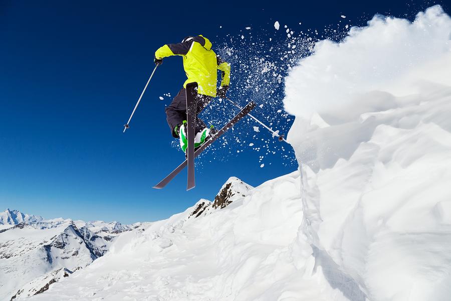 Skigymnastik: Sicher den Hang hinabwedeln