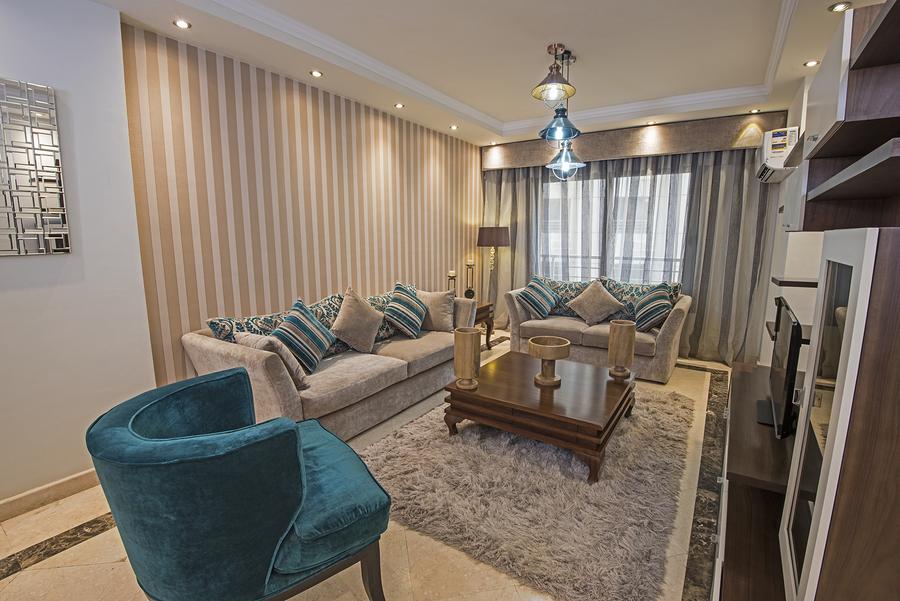 Teppiche und Polstermöbel fördern eine gute Raumakustik