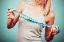 Beschwerden mit großen Brüsten? Brustverkleinerung ist die Lösung (c)Bigstockphoto.com/102666632/Anetlanda
