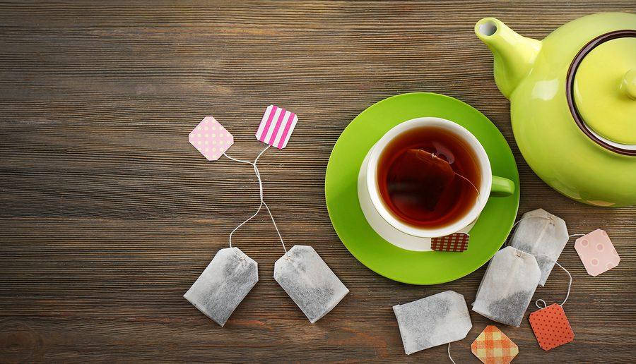 Tasse Tee verhindert Tränensack
