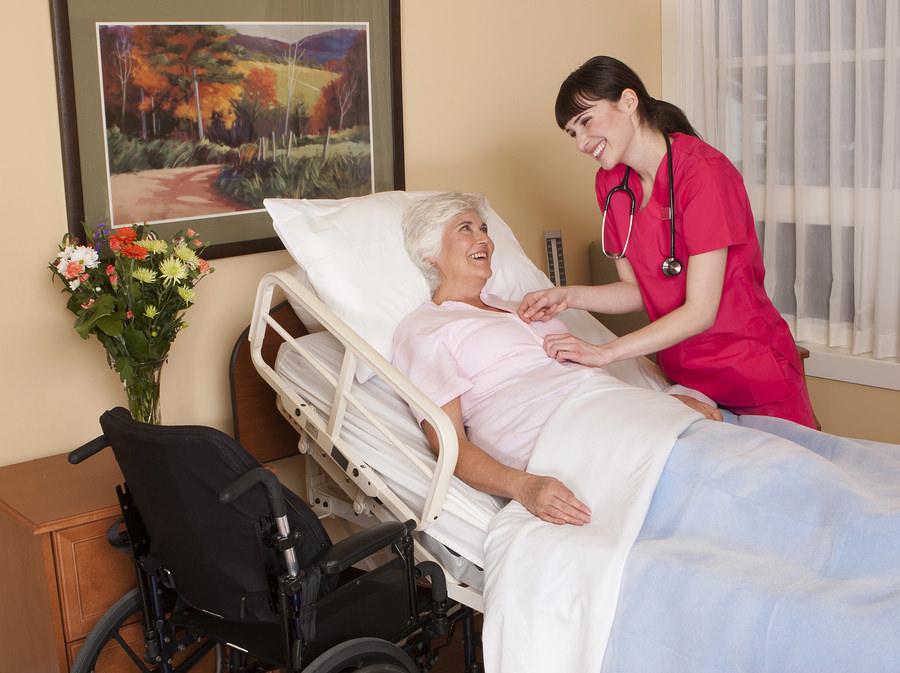 Betten für Pflegebedürftige