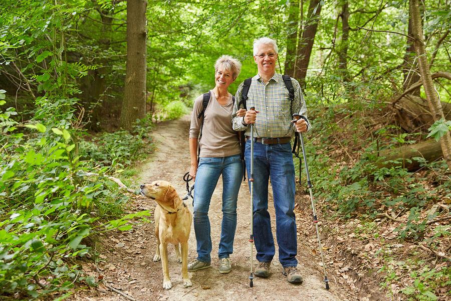 Der klassische Wanderurlaub ist gesund und erholsam! (c)Bigstockphoto.com/73746610/ style-photographs